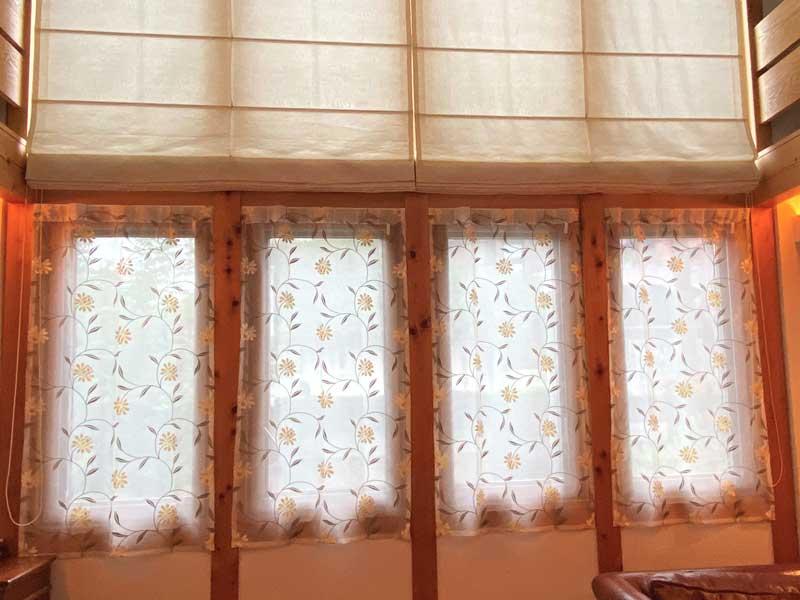 レースカーテンにパリジェンヌを使用した施工事例