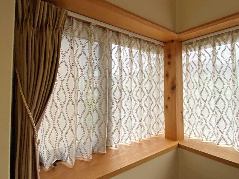リーフィシアーを使用した窓の施工例